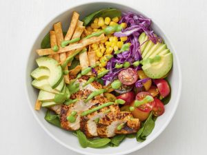 Nutritious and freely customizable healthy salad buffet restaurant in Mississauga
